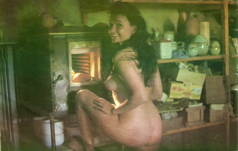 Нагие бабы из латвийского порно журнала