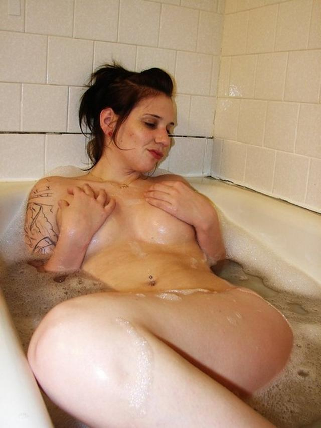 Пошлые картинки татуированных иностранок секс фото